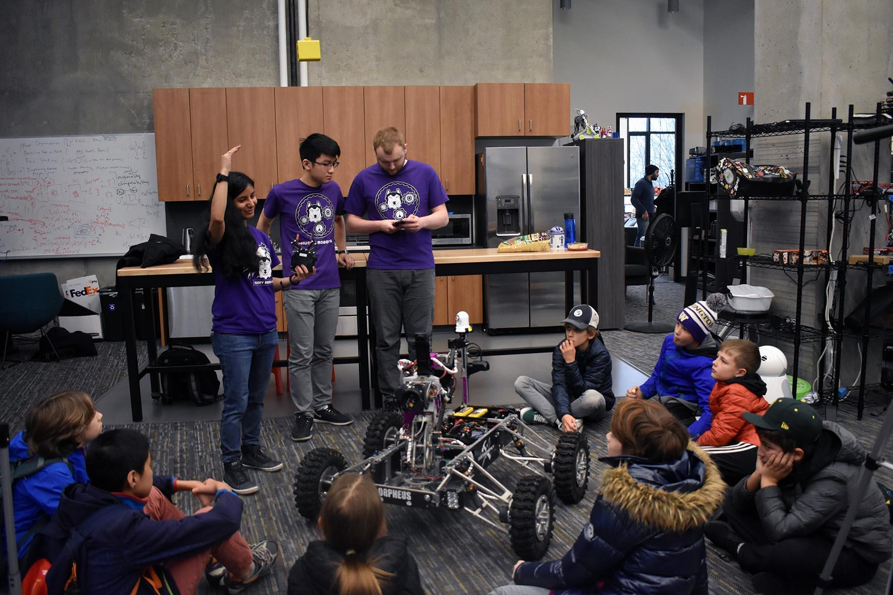 2020 Uw Robotics Lab Body3