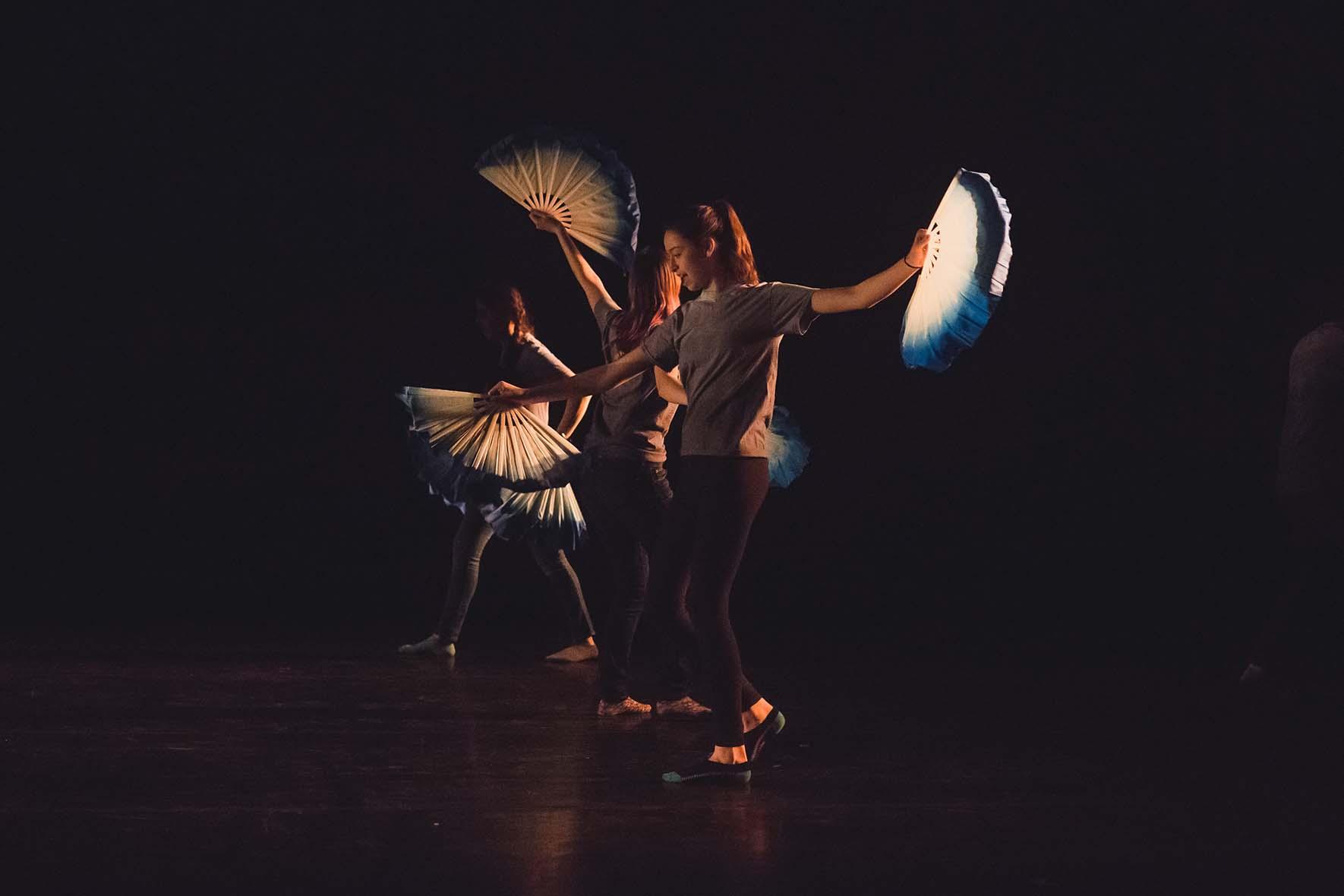 Arts Perform