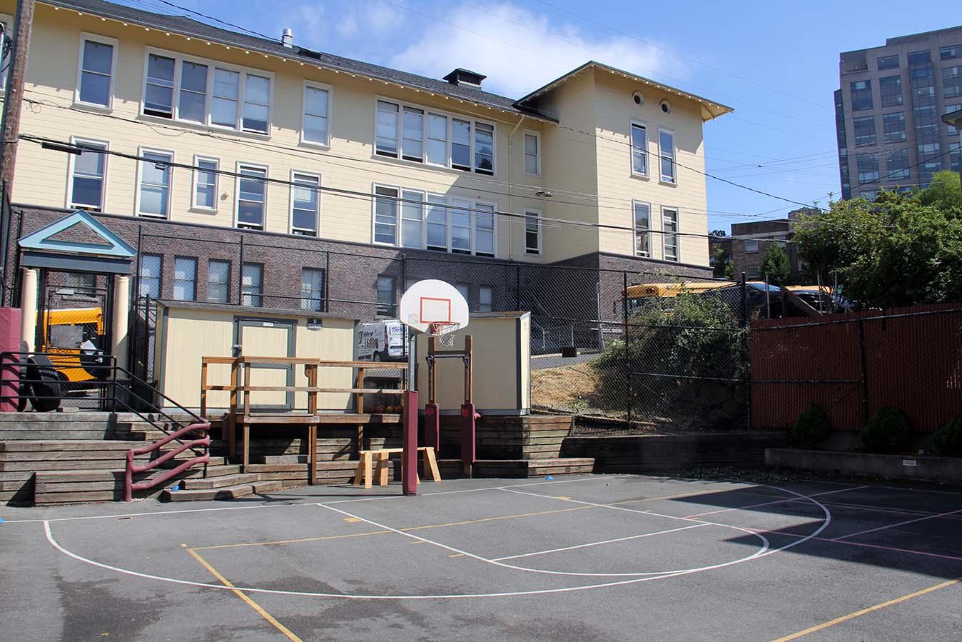 Facilities Urban Garden05