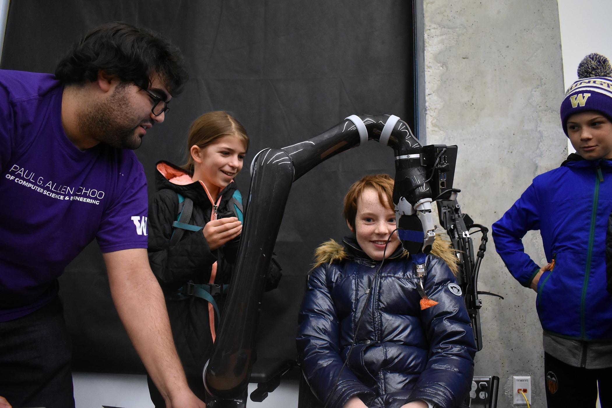2020 Uw Robotics Lab Hero